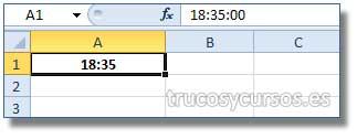 Insertar la hora actual en Excel: Celda A1 con la hora actual del sistema (considerando que son las 18:35 horas).