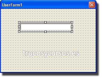 Contraseña de apertura con intentos en Excel: UserForm con control de cuadro de texto.