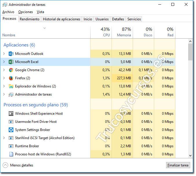 Ventana del administrador de tareas de Windows con Excel seleccionado para terminal el proceso