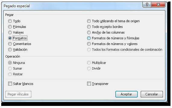 Cuadro de diálogo: Pegado especial, con opción pegar formatos.