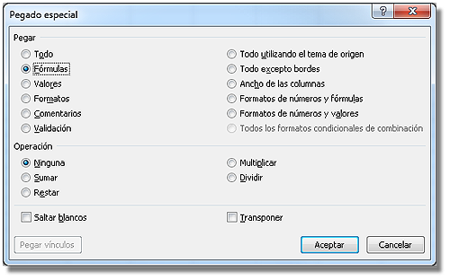 Cuadro de diálogo pegado especial; con la opción fórmulas.